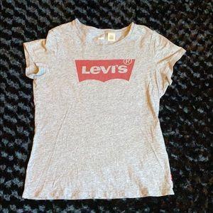 Levi's Size M Tee 👚